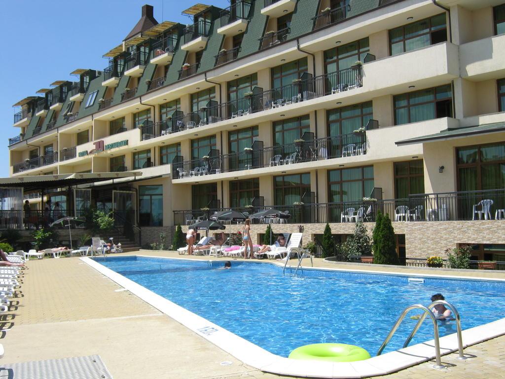 Hotel Julia 3*