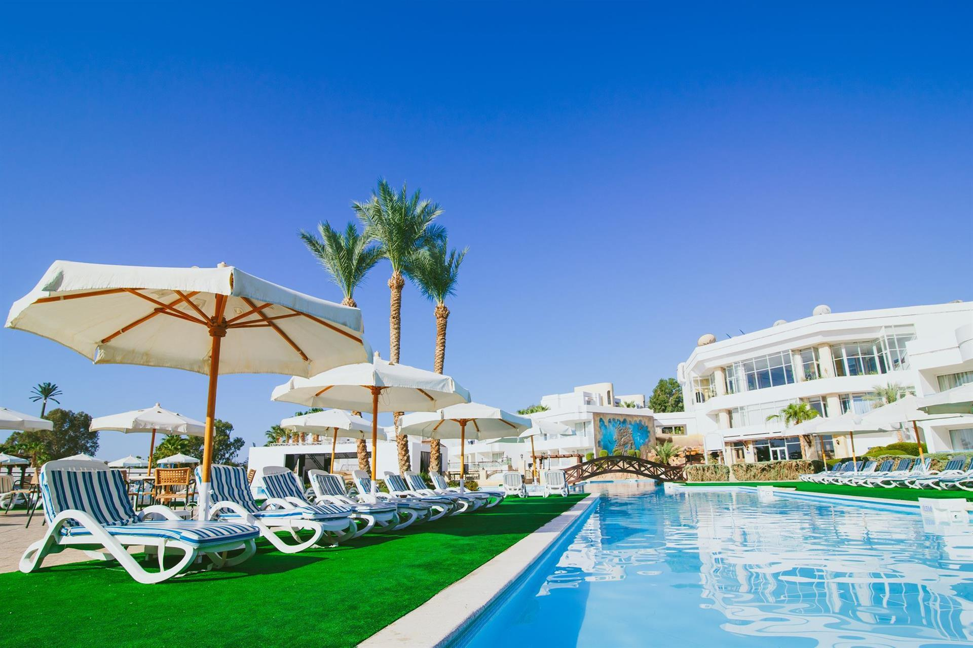 QUEEN SHARM RESORT VIEW & BEACH 4 ****