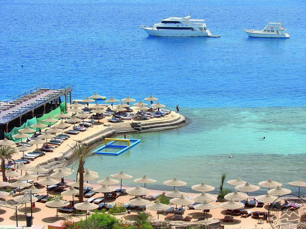 King Tut Aqua Park Beach Resort 4*